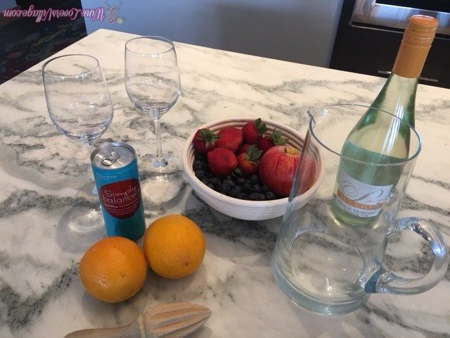 what goes into a moscato sangria