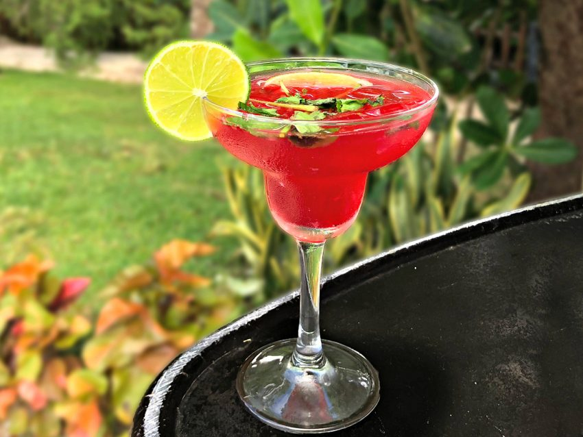 What's more summer than fresh strawberries in a mojito? Strawberry-Lime Mojito Photo & recipe: Occidental Cozumel