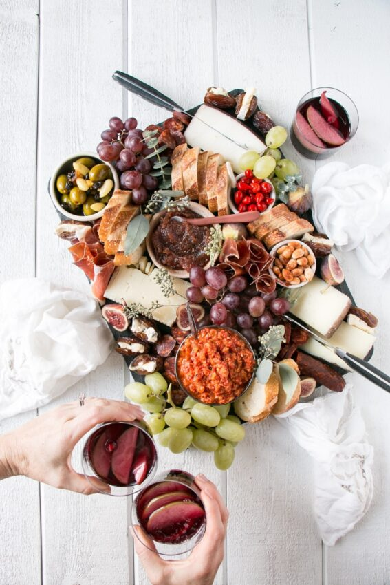This spanish inspired grazing board is just delicious.