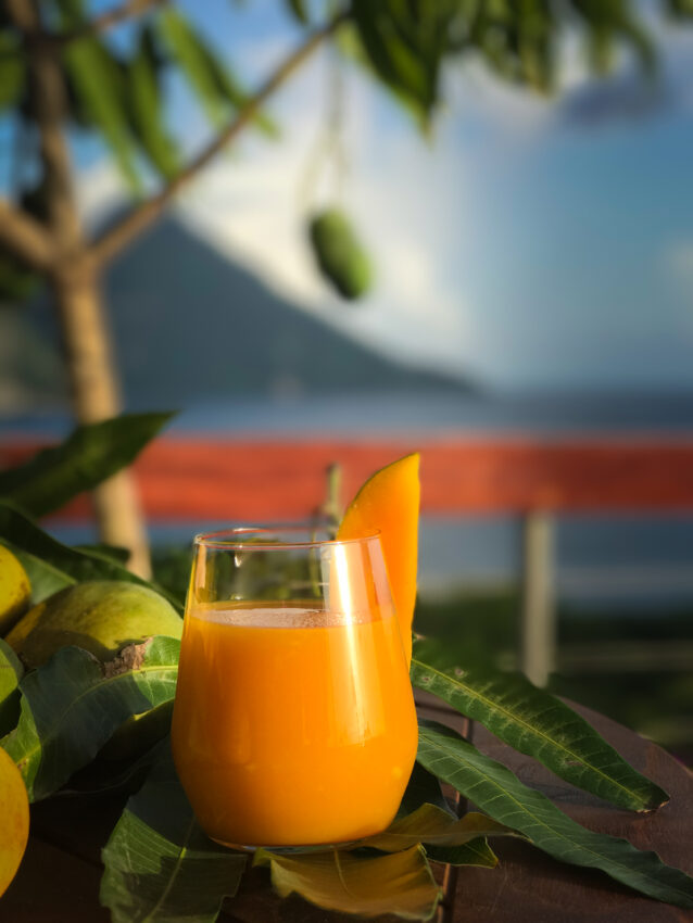 Jade Mountain created a signature Mango Madness cocktail in honor of this seasonal summer favorite.