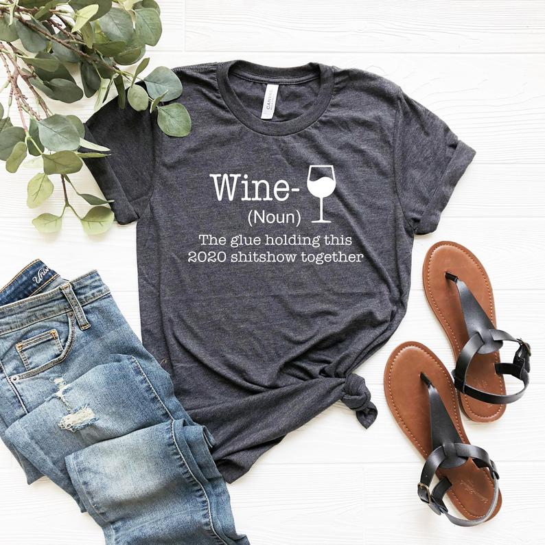 Looking for stocking stuffers for wine lovers!? Look no further than Etsy's wine-themed T-shirts.